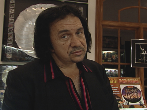 Gene simmons without wig he needs to ditch the wig in a